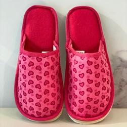 Pantufa Feminina com Bordado de Coração Pink