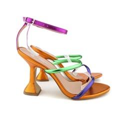 Sandália Salto Taça com Tiras Finas e Fivela Violeta