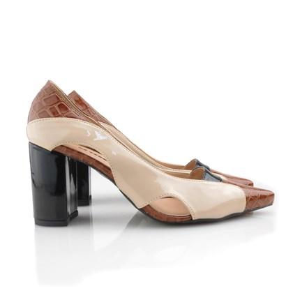 Sapato Feminino Scarpin Bico Fino com Salto Alto Grosso Whisky