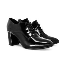 Sapato Oxford Feminino Bico Fino Salto Quadrado Preto