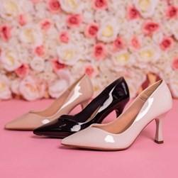 Sapato Scarpin Damaris Liso Salto Taça Preto