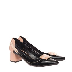 Sapato Social Bico Fino Com Saltinho Preto