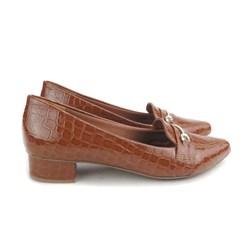 Sapato Social Mocassim Salto Baixo Quadrado Croco Caramelo