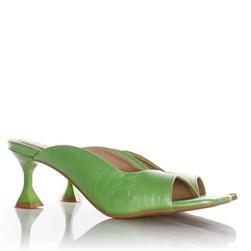 Tamanco Creusa Salto Taça Bico Reto Verde