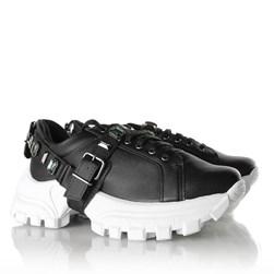 Tênis Flashtrek Chucky Sneakers Pedraria e Fivela Preto Napa